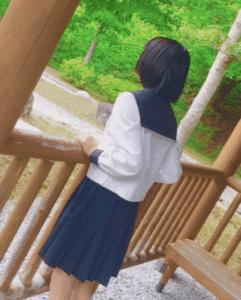 尾崎ヒカル高校