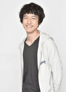 坂口健太郎、髪型、変