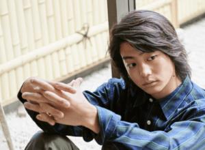 伊藤健太郎、手