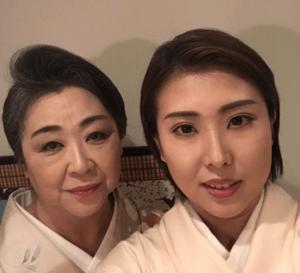 春本由香と母親の盛恵