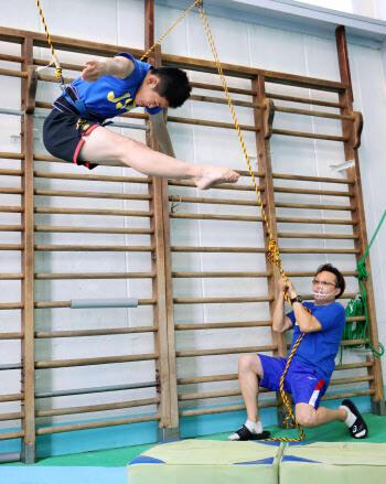 玉井陸斗選手と馬淵コーチ