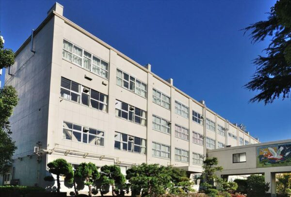 松江第一中学校